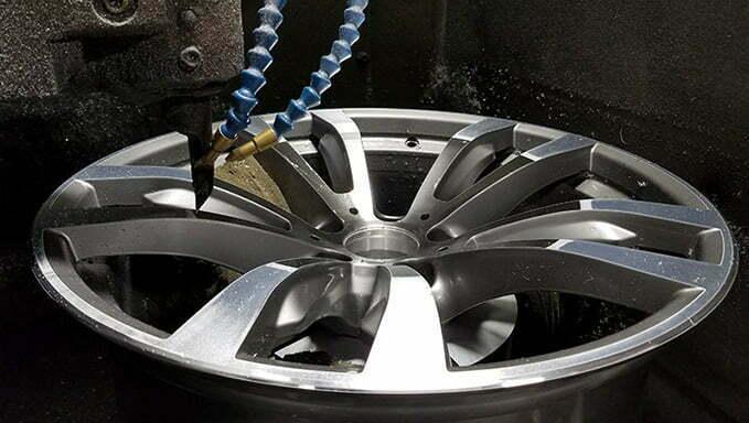services-alloy-wheel-face-machining-diamond-cut-finish