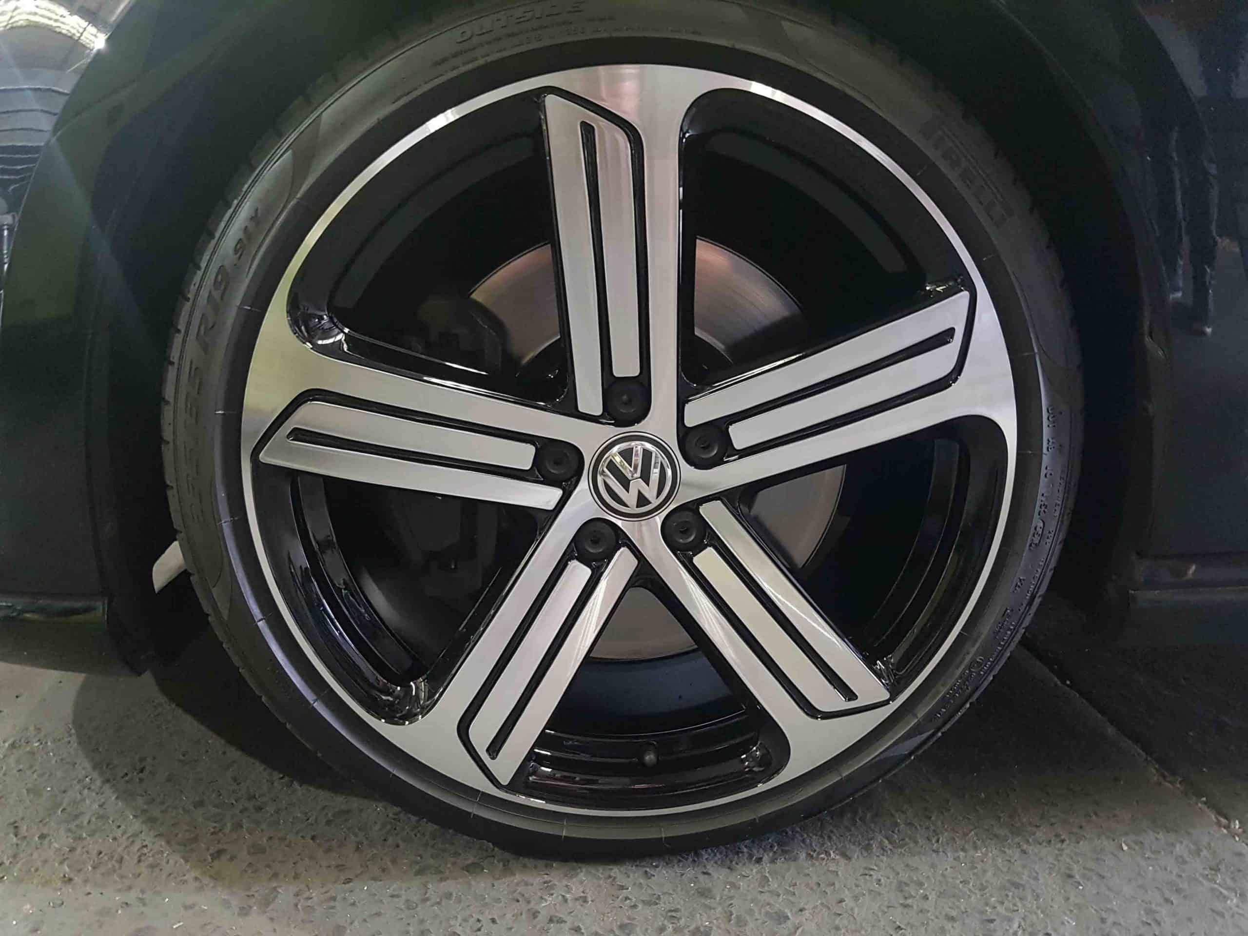 VW Golf GTI wheel repair after