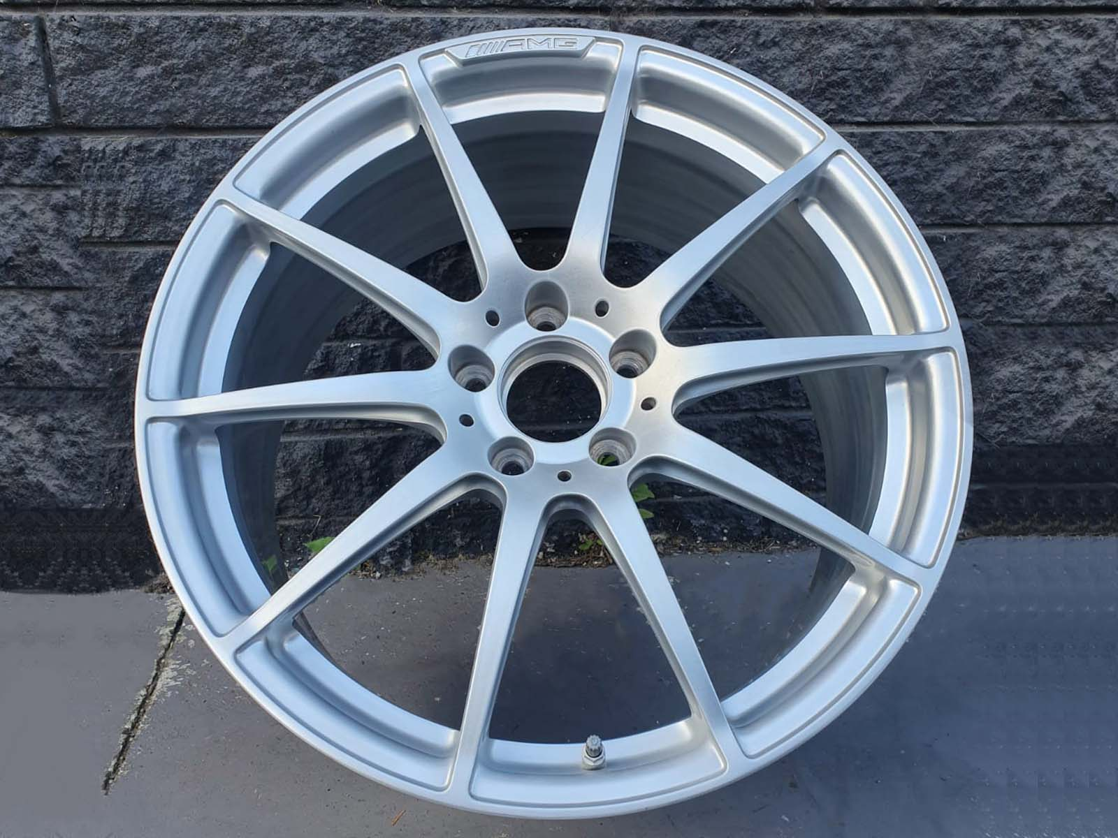 amg wheels colour change