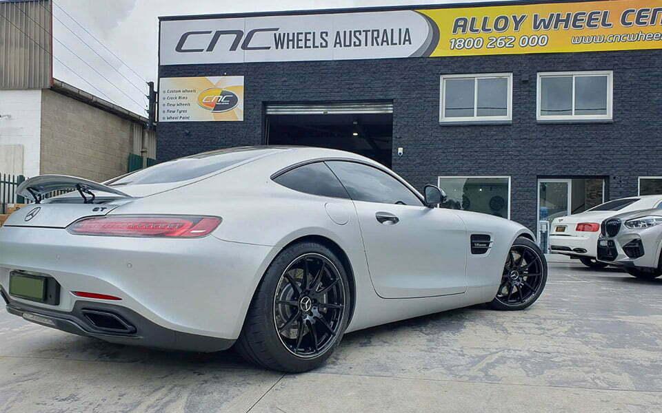 Mercedes AMG GT wheels repair and paint gloss black colour change