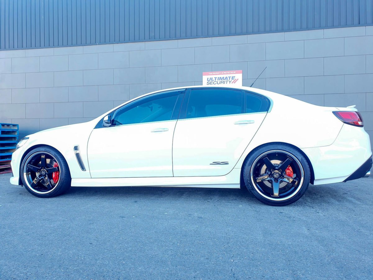 Holden Commodore SSV Rims GT Form Legacy Gloss Black Chrome Lip 20inch staggered wheels