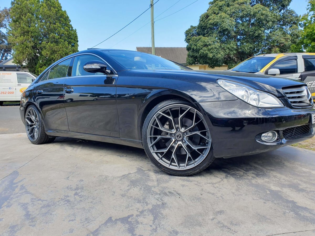 Mercedes_CLS500_Wheels_GT_Form_Marquee_Satin_Gunmetal_Machined_Face_2x9_front_20x10.5_rear_rims